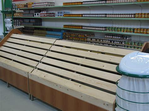 scaffali per negozi alimentari prezzi arredamento ortofrutta arredo negozio alimentari