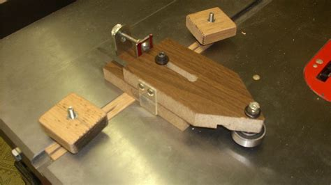 another table saw ripping jig by nobuckle lumberjocks