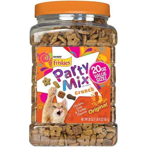Snack Kucing Friskies Mix Cat Treats treat your cats and save 2 00 thrifty momma ramblings
