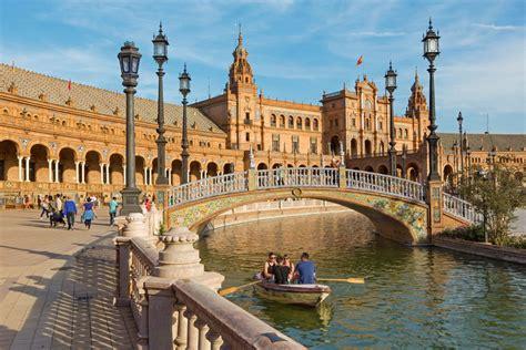 imagenes historicas españa qu 233 ver en sevilla la ciudad con color especial