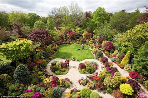 Best Gardening Pensioners 163 15k Oasis At Their Walsall Home Attracts