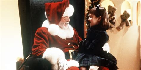 miracle on 34 street 10 reasons why the miracle on 34th street remake is