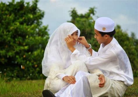 Cinta Di Usia Muda kuliah dulu menikah dulu ruang muslimah
