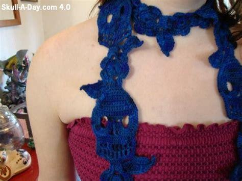 knitting pattern skull scarf knit crochet skulls