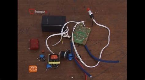 Raket Listrik Pembunuh Nyamuk sepatu listrik anti pelecehan seksual atmobb