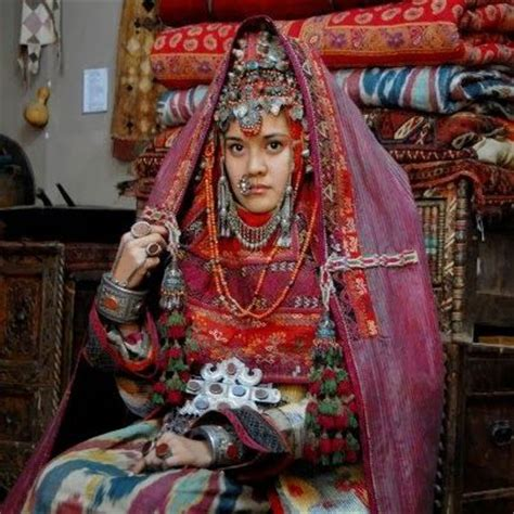 uzbek girl uzbekistan dance cultural pinterest girls and 140 best images about kyrgyzstan uzbekistan on