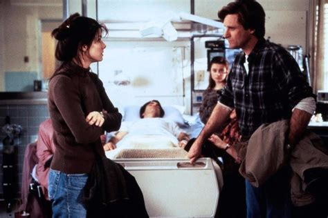 While You Were Sleeping 1995 Review And Trailer by Dvd Enquanto Voc 234 Dormia Dublado 1995 Bullock