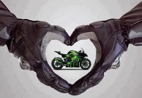 bu  baska bir  motosiklet aski kizlar yazdi