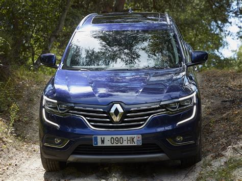 renault koleos 2017 engine 2017 renault koleos debuts in australia with x trail 2 5