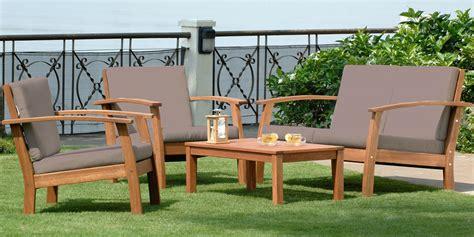 salon bas de jardin en bois salon de jardin bas en eucalyptus eivissa 4 convives oogarden