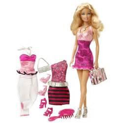 Barbie fashion fever doll and fashions barbie gift set new ebay