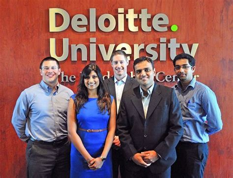 Deloitte Canada Mba Internship by 44 Best 2nd Year Spotlight Images On Spotlight
