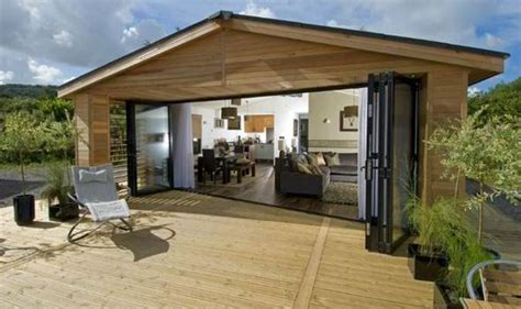 mobile home holidays uk the lodge offer accommodation to