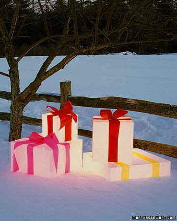 diy front yard christmas decorating projects the garden