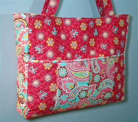 How To Make A Quilt Tote Bag by Quot Madeleine Quot Quilted Bag With Laptop Pocket Sew Much Cuteness In Every