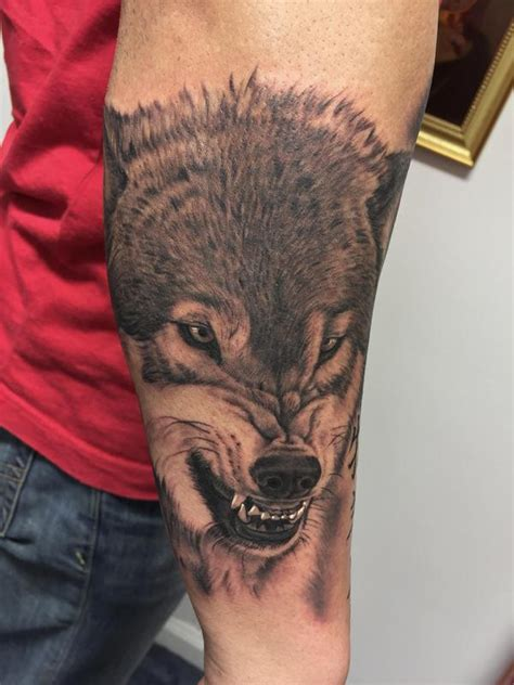 snarling wolf tattoo snarling wolf by bob tyrrell tattoos