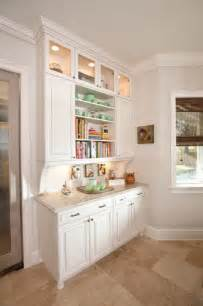 Decorating Ideas For Kitchen Buffet 17 Best Ideas About Built In Buffet On Kitchen