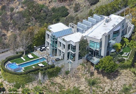 rihanna snaps up luxury mansion on hairpin turn in