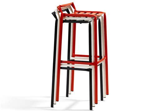 sgabelli ovvio sgabello alto con poggiapiedi collezione straw by bl 197
