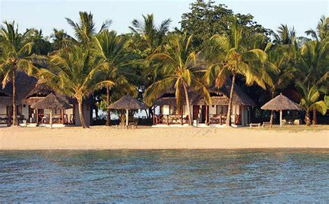 private boat charter zanzibar undiscovered holidays chapwani private island zanzibar