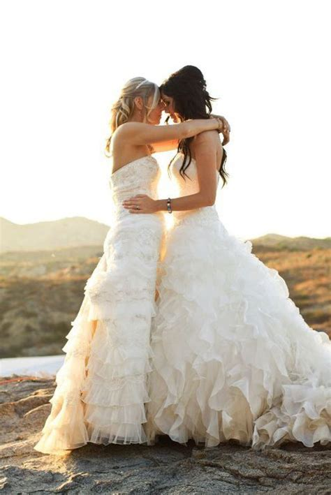 10 Most Gorgeous Brides by Wedding 10 Bodas Lesbicanarias