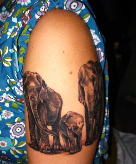 tattoo elephant family 35 meaningful elephant tattoo designs will surprise you