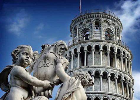 interno torre di pisa cosa visitare in toscana tra arte storia e tradizioni