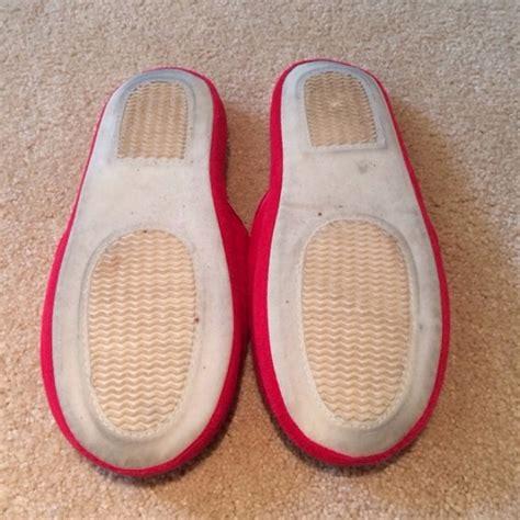 victoria secret house shoes 63 off victoria s secret shoes victoria s secret slippers from suggested user