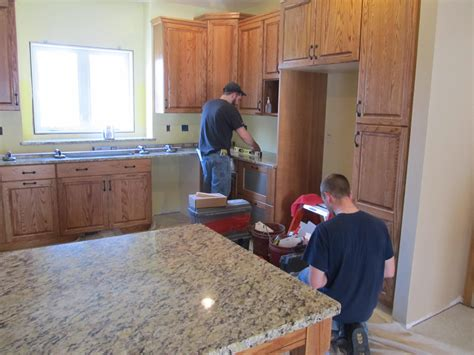 Marble Countertop Installation by How To Successfully Install A Granite Countertop Ward
