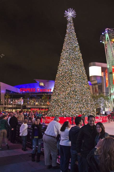 christmas tree at the los angeles staples center lakers vs magic whereisharald