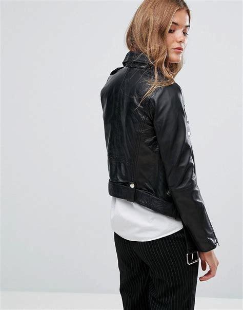 Jeana Pull Biker Black Wash lyst pull premium leather biker jacket in black