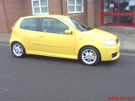 yellow fiat punto general many mk2bs in broom yellow the fiat forum