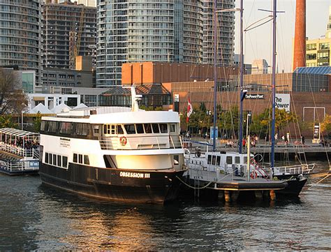dinner on a boat ottawa toronto cruises toronto dinner cruises join the great