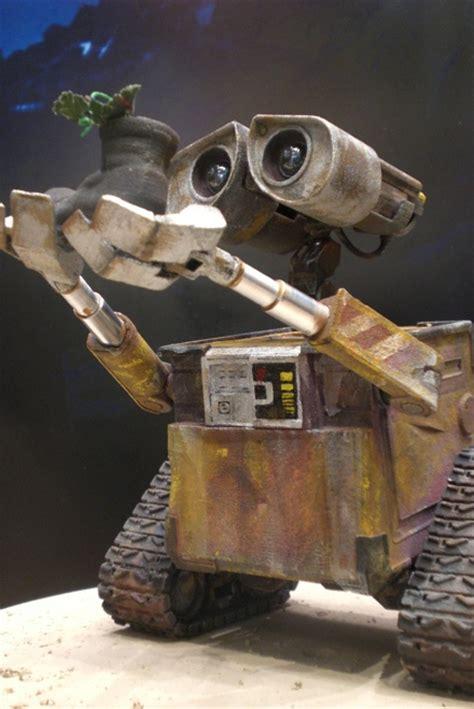 film robot wali wall e chief delphi
