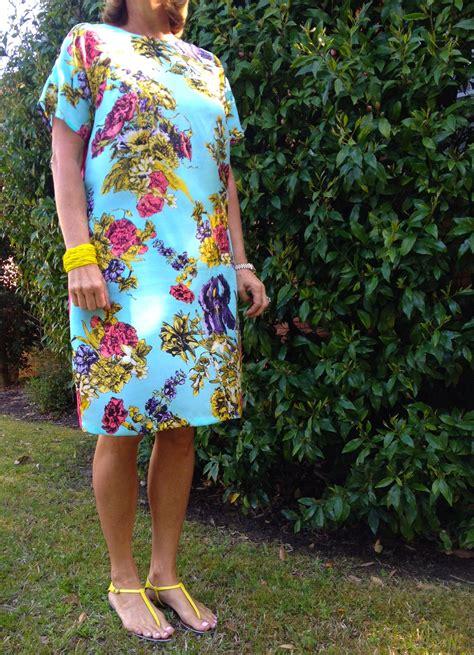 Pattern Review Vogue 8805 | pattern review vogue 8805 sew tessuti blog