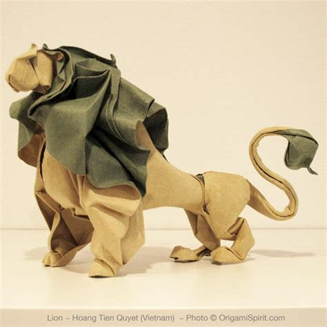 lions maken awesome origami in new york city photos of surface to