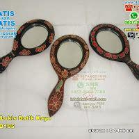 Souvenir Pernikahan Gantungan Kunci Sandal Batok Plus Kut cermin gantungan kunci batik kayu souvenir pernikahan