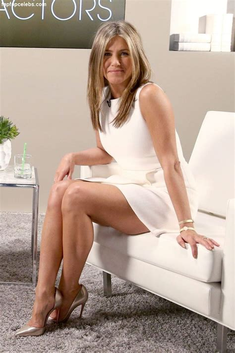 New Jenifer aniston photos leaked pictures