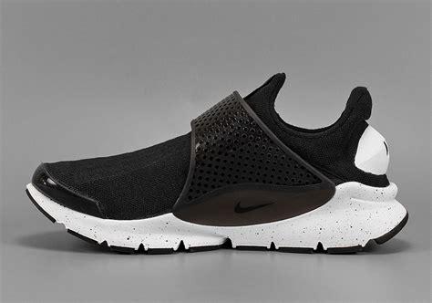 Nike Sock Dart Black White nike sock dart hasta green black sneaker bar detroit
