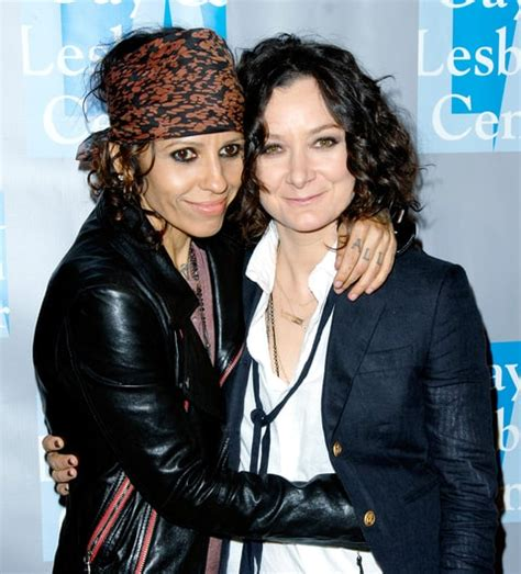 linda perry on the talk engaged in 2013 married a year later linda perry