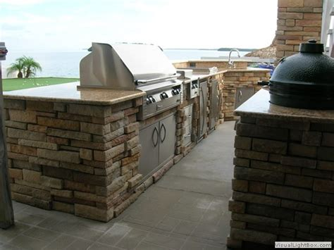 stacked outdoor kitchen 27 best images about outdoor kitchens on patio