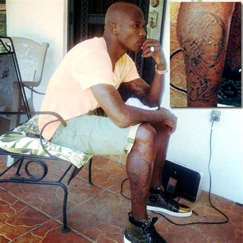 evelyn lozada tattoo chad johnson unveils new tat of estranged ny daily news