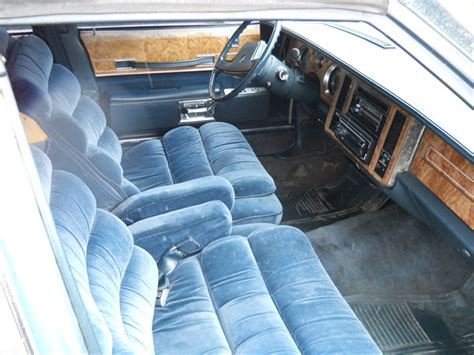manual cars for sale 1985 buick lesabre interior lighting jaleelw 1985 buick lesabre specs photos modification info at cardomain