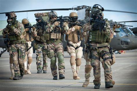 fuerzas especiales en francia admite que tiene fuerzas especiales operando en
