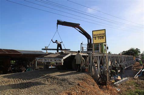 Jembatan Rangka Baja pembangunan jembatan rangka baja bailey vibizmedia