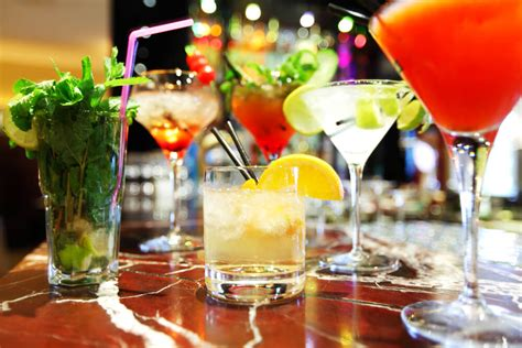 Top Ten Drinks At A Bar by Top 5 Places For Pre Dinner Drinks In Truly Magazine