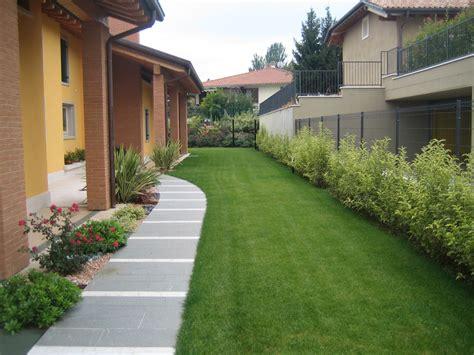 ingresso di casa isoni giardini i giardinieri di verona
