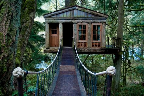 honeymoon ideas treehouse retreats roadtrippers - Treehouse Honeymoon