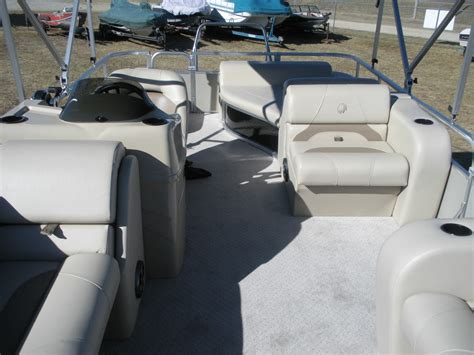 lowe tritoon boats for sale lowe ss210 rfl tritoon 2014 for sale for 28 495 boats