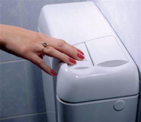 Ac Wc Per Ton vader installeerde enkele dagen geleden een toilet met een